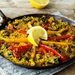 Esta paella de verduras simplemente te encantará