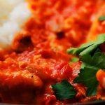 Curry de pollo con salsa de tomate, ¿te atreves?