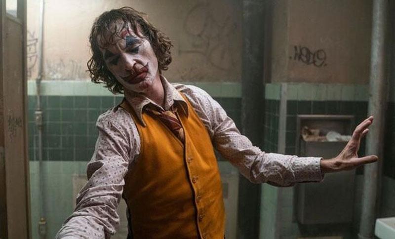 Joker bailando
